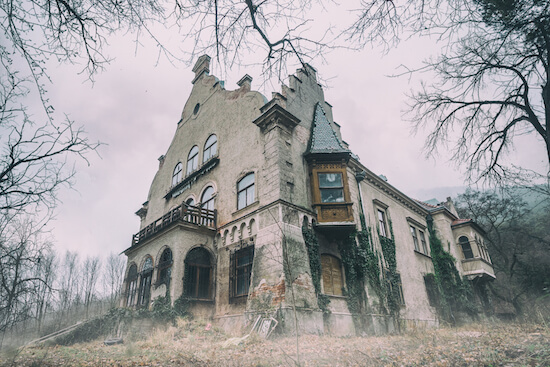 Scary house, haunted house
