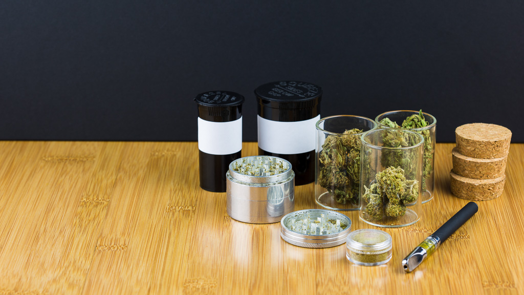 The Best Types of Containers for Keeping Your Weed Fresh