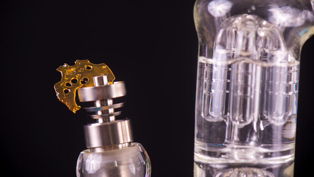 New To Dabbing? Here's How To Choose A Rig That's Right For You