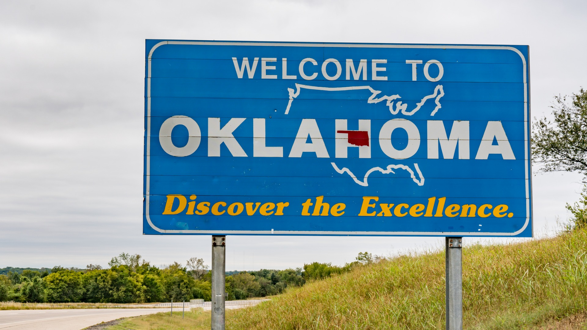 oklahoma approves 12,000 medical marijuana licenses