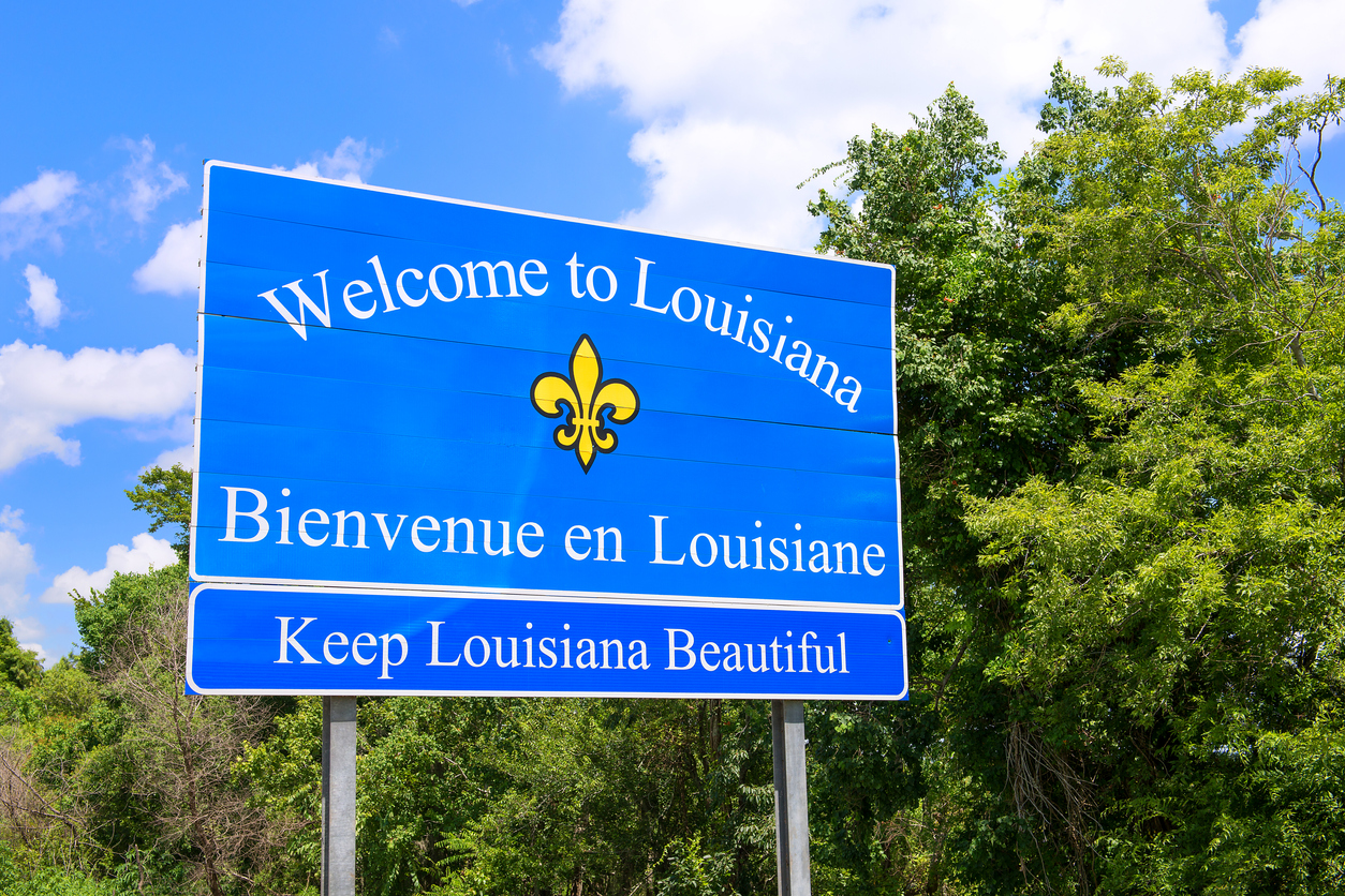 Louisiana state-line sign