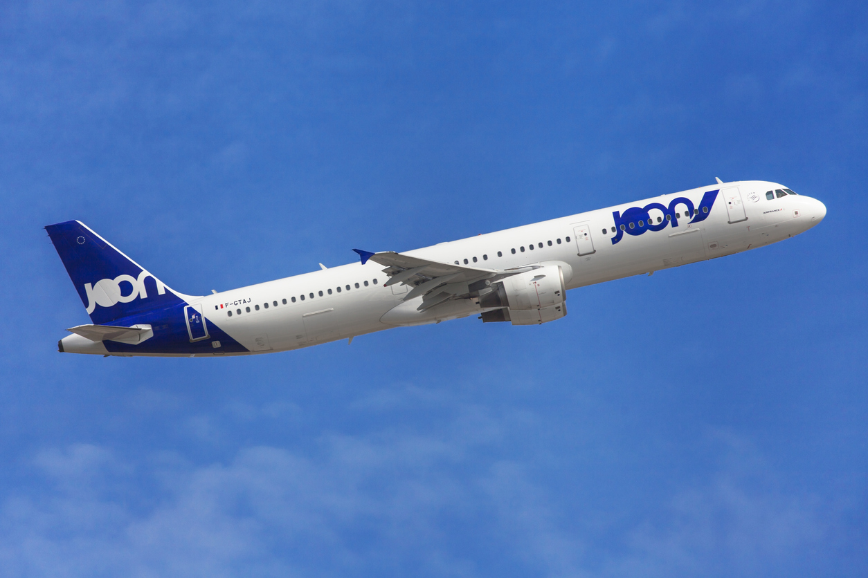 Joon Airbus A321-200 taking off from El Prat Airport