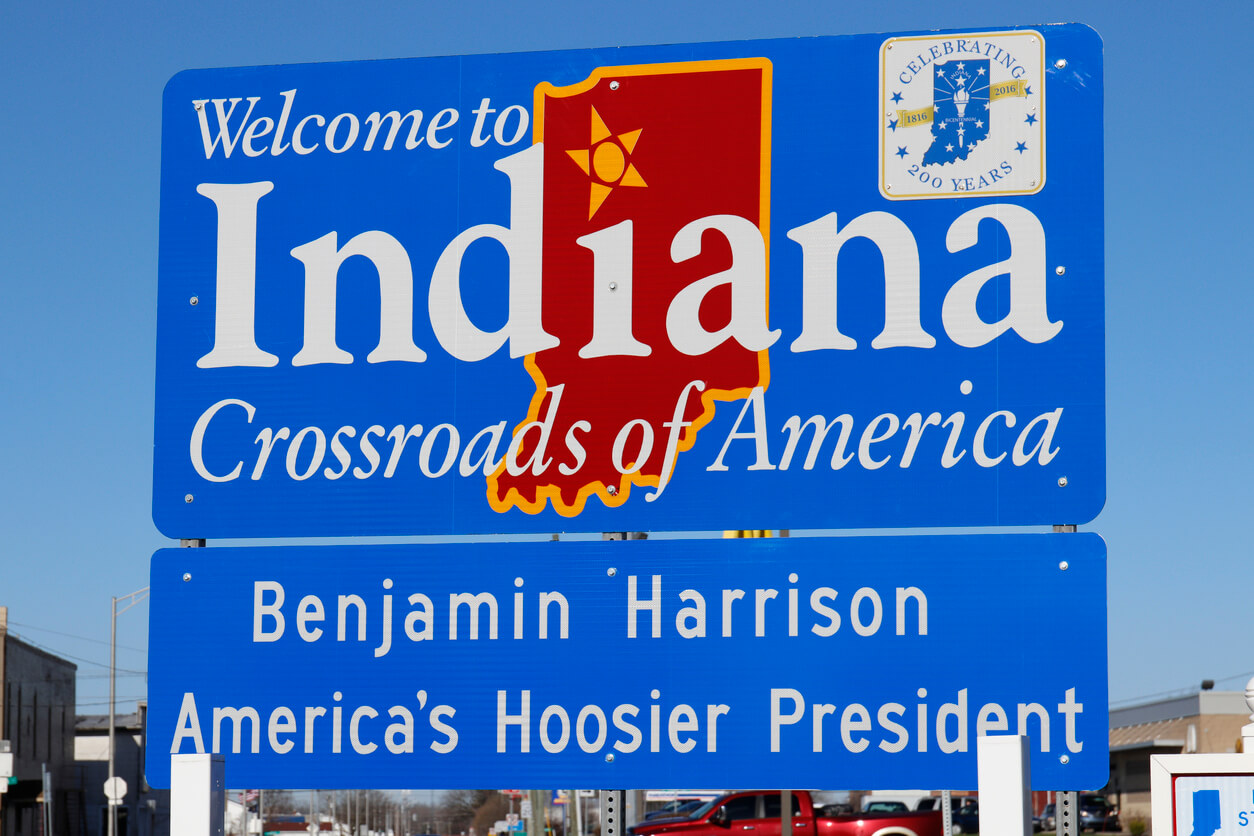 Union City - Circa April 2018: Welcome to Indiana, Crossroads of America sign I