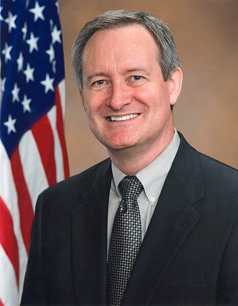 Official Photo of Mike Crapo